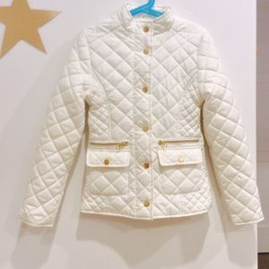 Me Jane girls white quilted puffer jacket.